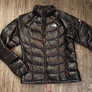 North Face Summit Series jacket 900